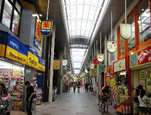 792px-Uomachi_Gintengai-02.JPG